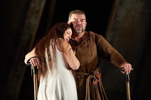 Sofia Fomina Gilda and Rigoletto.jpg