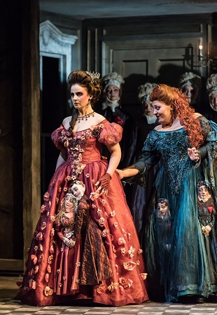 Sophie Gordeladze & Gilda Fiume in Maria de Rudenz Clive Barda.jpg