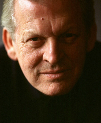Sir Thomas Allen [Photo by Sussie Ahlburg courtesy of Askonas Holt]