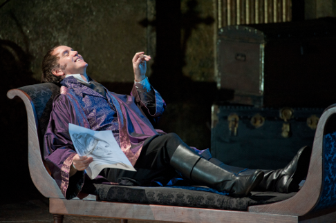 Tosca_2011_Anthony_Michaels_Moore_2_Credit_Mike_Hoban.png