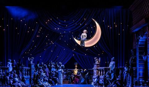 Tynan moon Act 2.jpg