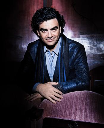 Rolando Villazón [Photo © Gabo / Deutsche Grammophon]