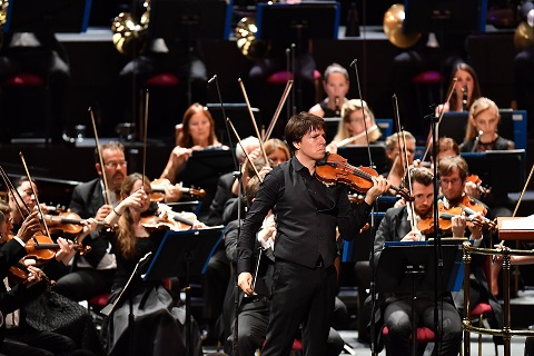 Violinist Joshua Bell performs Édouard Lalo's Symphonie espagnole,.jpg
