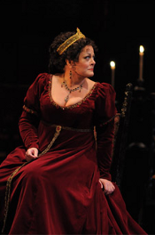 Deborah Voigt as Tosca [Photo by Dan Rest courtesy of Lyric Opera of Chicago]