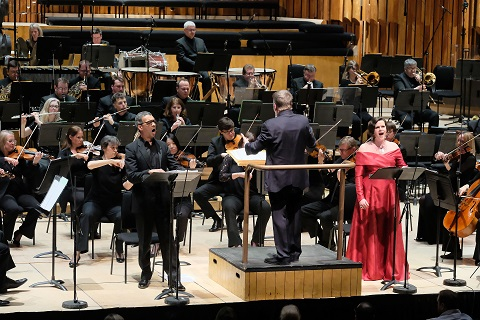 BBC Symphony Orchestra and Chorus, Sir Andrew Davis (conductor), Barbican Hall, London