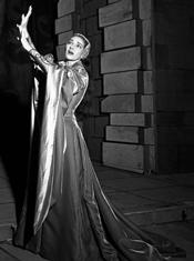 Il Pirata di Vincenzo Bellini. Nella parte di Imogene. Teatro la Scala, Milano, 19 maggio 1958. Erio Piccagliani fotografo alla Scala di Milano.