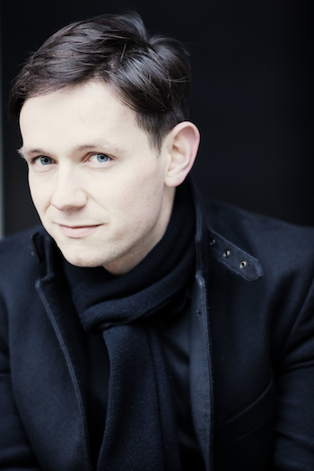 Iestyn Davies [Photo by Marco Borggreve]