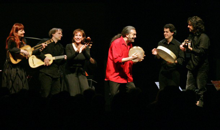 L'Arpeggiata [Photo by International Classical Artists]