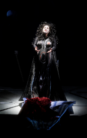 Linda Watson (Brunnhilde) [Photo by Monika Rittershaus courtesy of Los Angeles Opera]