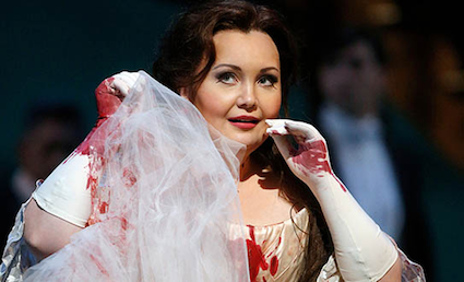Albina Shagimuratova as Lucia [Photo courtesy of Lyric Opera of Chicago]