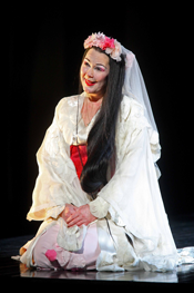 Judith Howarth as Madam Butterfly © Alastair Muir and ENO