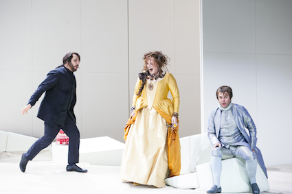 Eva-Maria Westbroek as Manon Lescaut, Thomas Oliemans as Lescaut, and Stefano La Colla as Il Cavaliere Renato des Grieux [Photo by Bernd Uhlig]