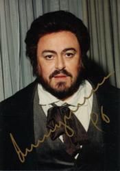 Luciano Pavarotti as Rodolfo