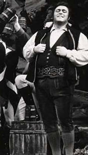 Luciano Pavarotti as Tonio
